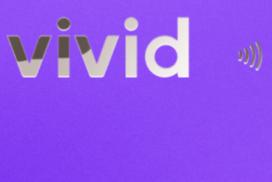 Vivid Konto mit Metall Visa Karte